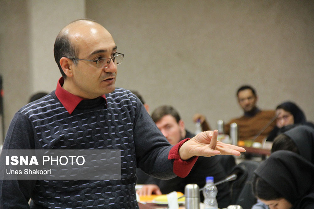«رضا رمضانی» در گفتگو با «شهاب زنجان» از دغدغه های زیست محیطی اش می گوید: ایستاده در کارزار مطالبه گری/ کدام معیارهای علمی با پشتوانه قانونی برای انتقال  پسماندهای روی وجود دارد؟